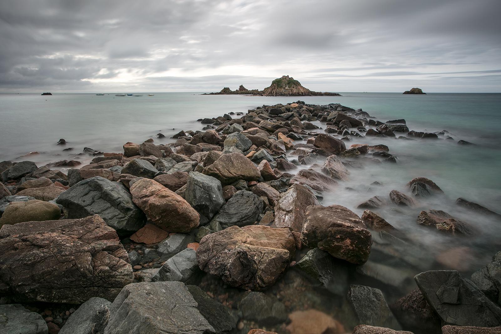 Pause longue à la pointe du Hocq sur la côte est de jersey