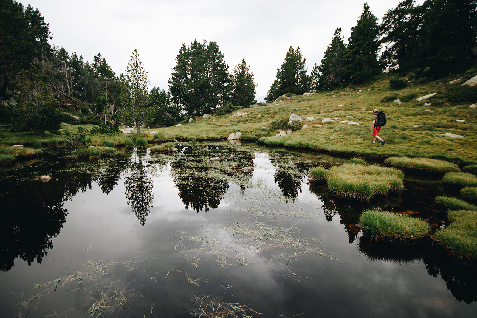 tour des Pérics en direction du lac d'Aude