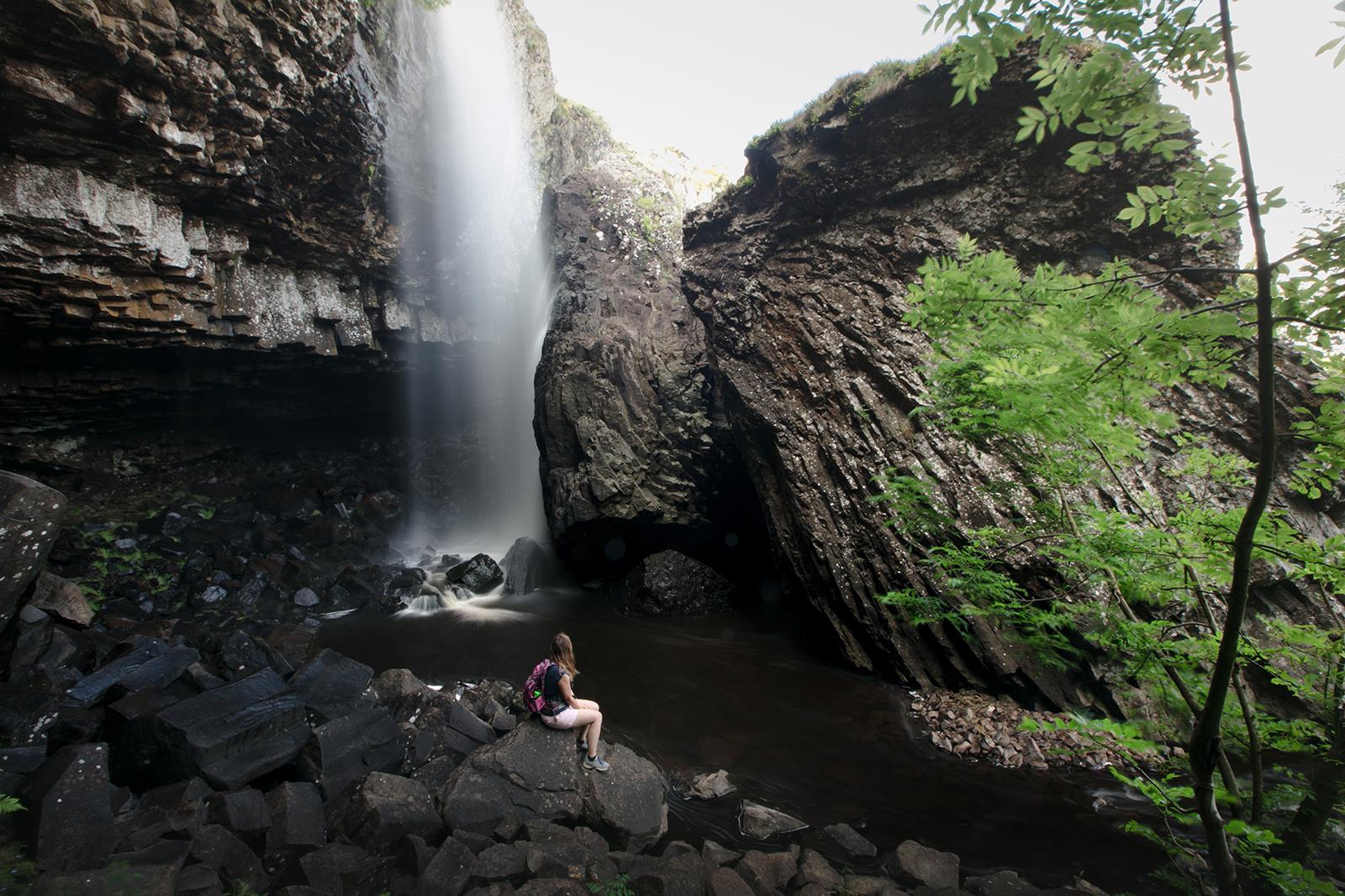 Visiter la cascade du Déroc