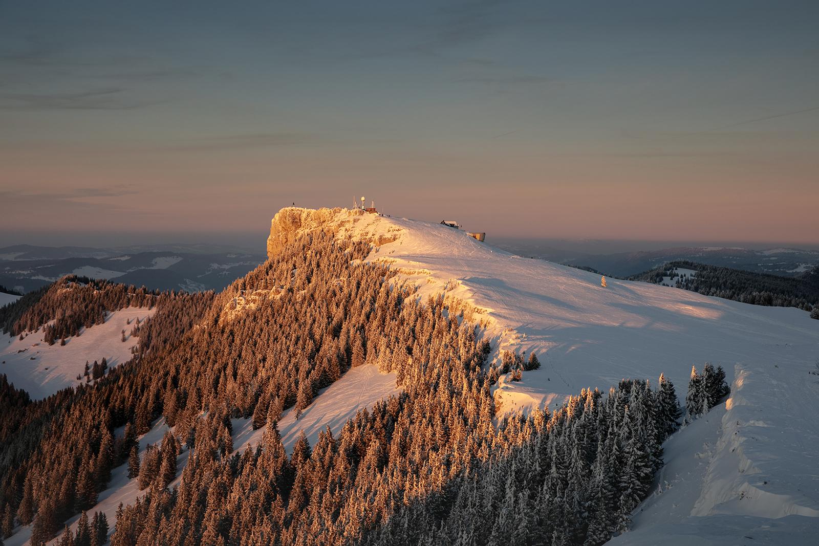 Coucher de soleil au Chasseron en hiver