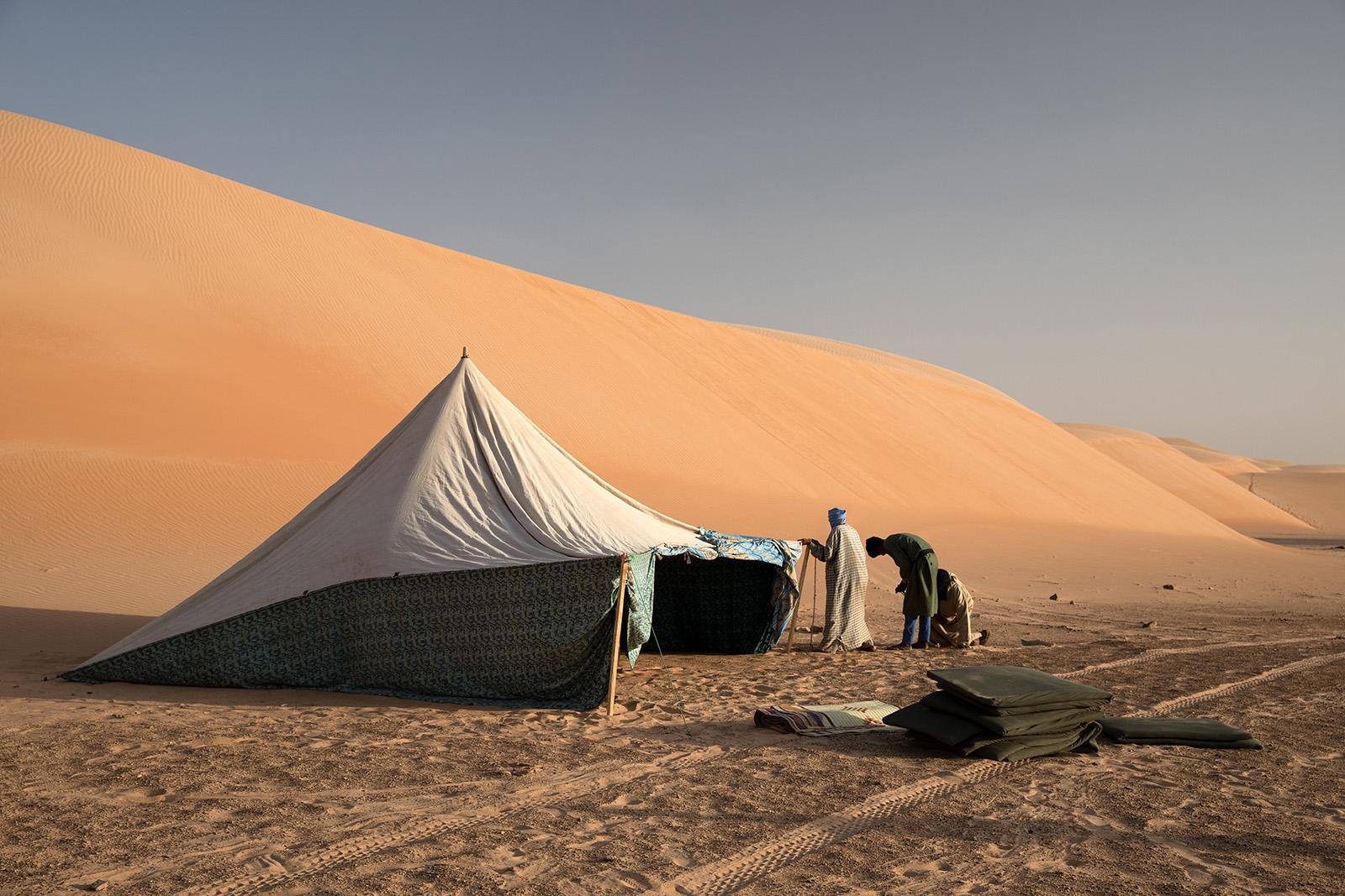 Campement dans le désert du Sahara