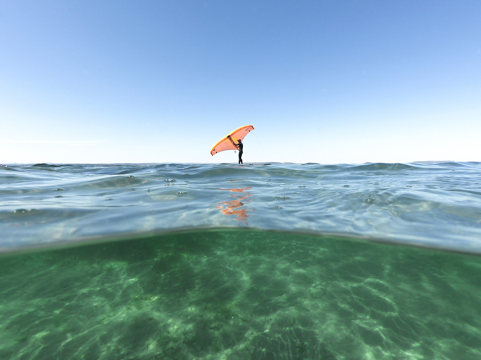Wingsurf sur l'étang de thau